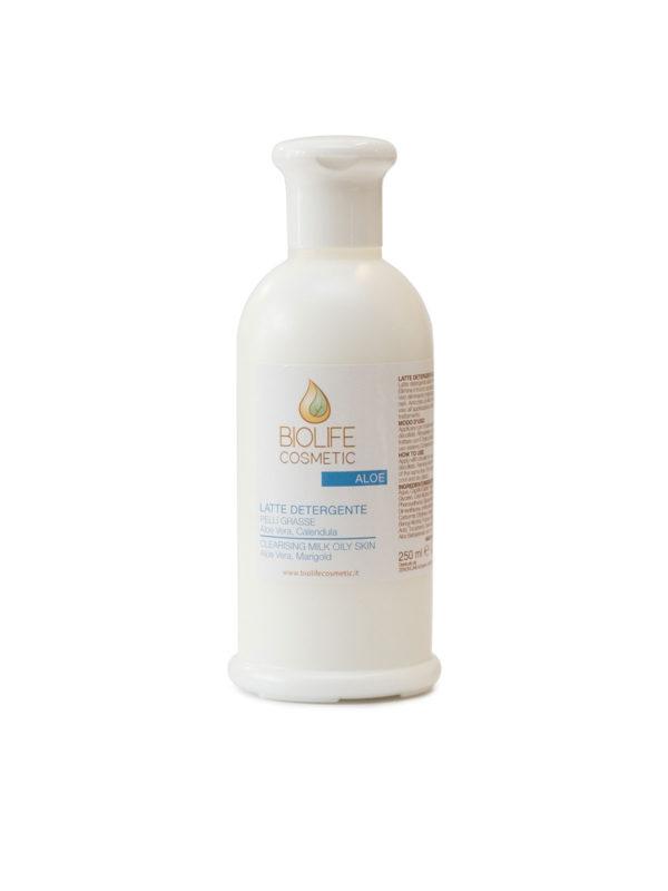 Latte-detergente-pelli-grasse-con-aloe
